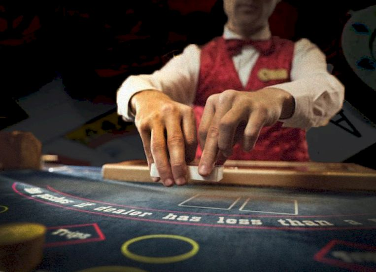 A croupier and an gambler tried to cheat at roulette
